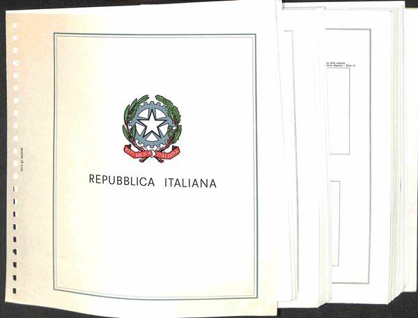 MATERIALE FILATELICO - Pagine Marini 22 fori - REPUBBLICA QUARTINE dal 1972 al 1982 completi con taschine - ottime condizioni