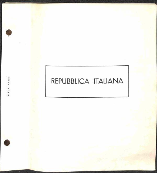 MATERIALE FILATELICO - Pagine Marini 2 fori - REPUBBLICA 1945/1966 con taschine  - buone condizioni